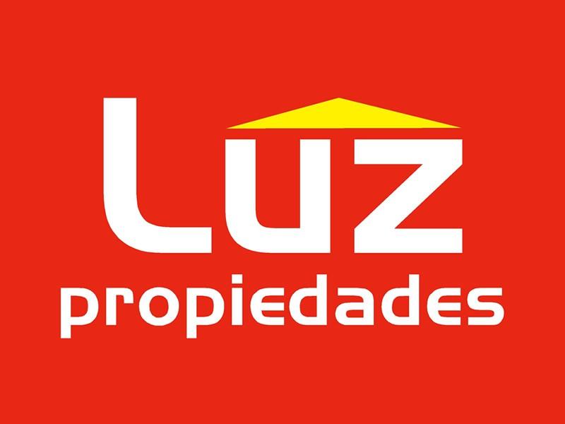 LUZ PROPIEDADES