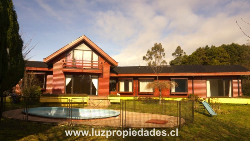 Los Rododendros nº117, Parque Ivian - Luz Propiedades