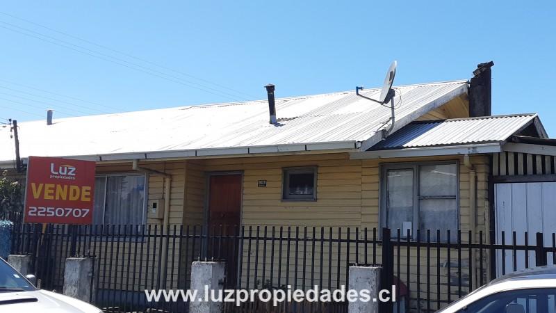 Butalcura Nº 659, Población Chiloé  - Luz Propiedades