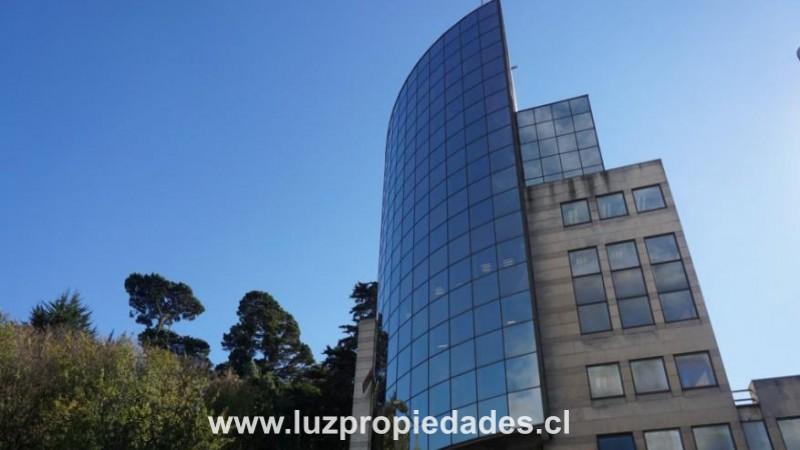 Edificio Campanario, oficina 301 - Luz Propiedades
