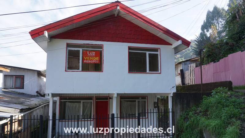 Pasaje Angelmó, casa 27 - Luz Propiedades