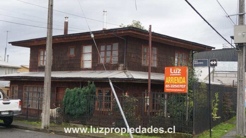 Pinto Aguero Nº129, Población Libertad - Luz Propiedades