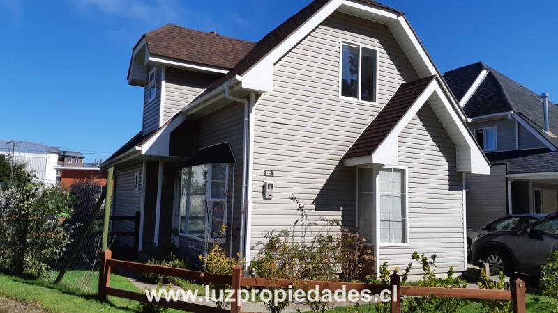 Vc. Choshuenco Nº 5.111, casa 85,  Condominio Altos del Bosque - Luz Propiedades